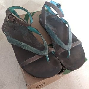 Chaco Sofia Sandal - great condition! Size 7